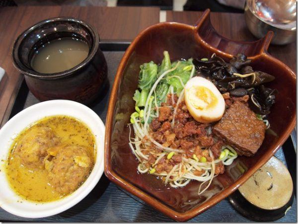 新竹竹北人氣私房菜餐廳瓦香煨湯的獅子頭彈牙爽口,冠軍主廚師父佩服佩服