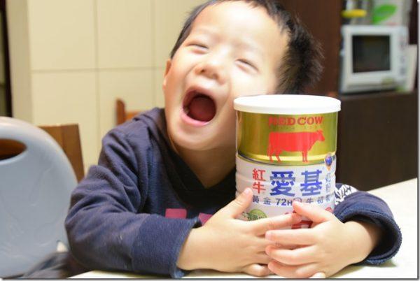 紅牛愛基牛初乳奶粉,免疫球蛋白維護您的健康