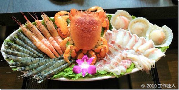 瑞豐夜市高雄火鍋【舞古賀鍋物專門店】和牛海鮮火鍋,品嚐珍貴的高檔食材,生食級海鮮、適合家庭聚餐!